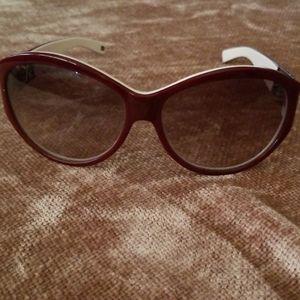 Tommy Hilfiger Sunglasses & hard shell case